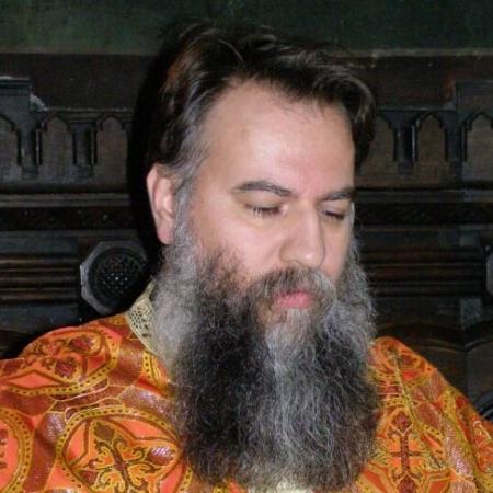 Preot Cezar Gavril Dumitrescu